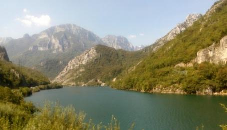 Danau Jablanica
